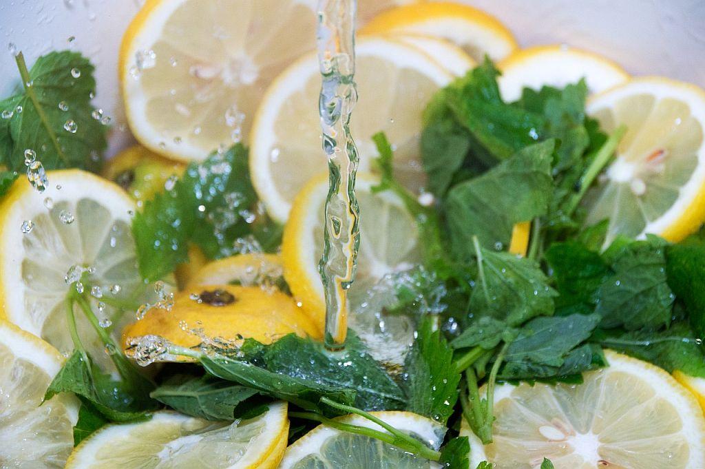 Zitronen Melisse Heilmittel Anwendung
